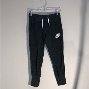 nike jogger sweatpants
